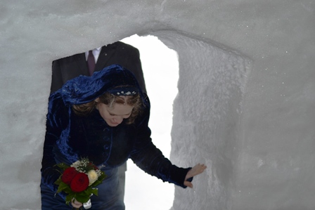 Ice Hotel Bride (c) Andy Mossack