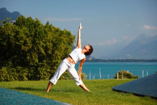 La Prairie lakeside yoga