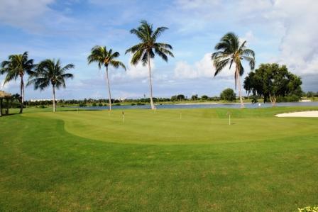 North Sound Golf Club c Andy Mossack