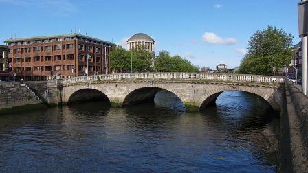 800px Dublin   Father Mathew Bridge   110508 182542