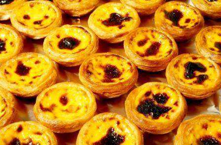 Portugese Egg Tarts lo