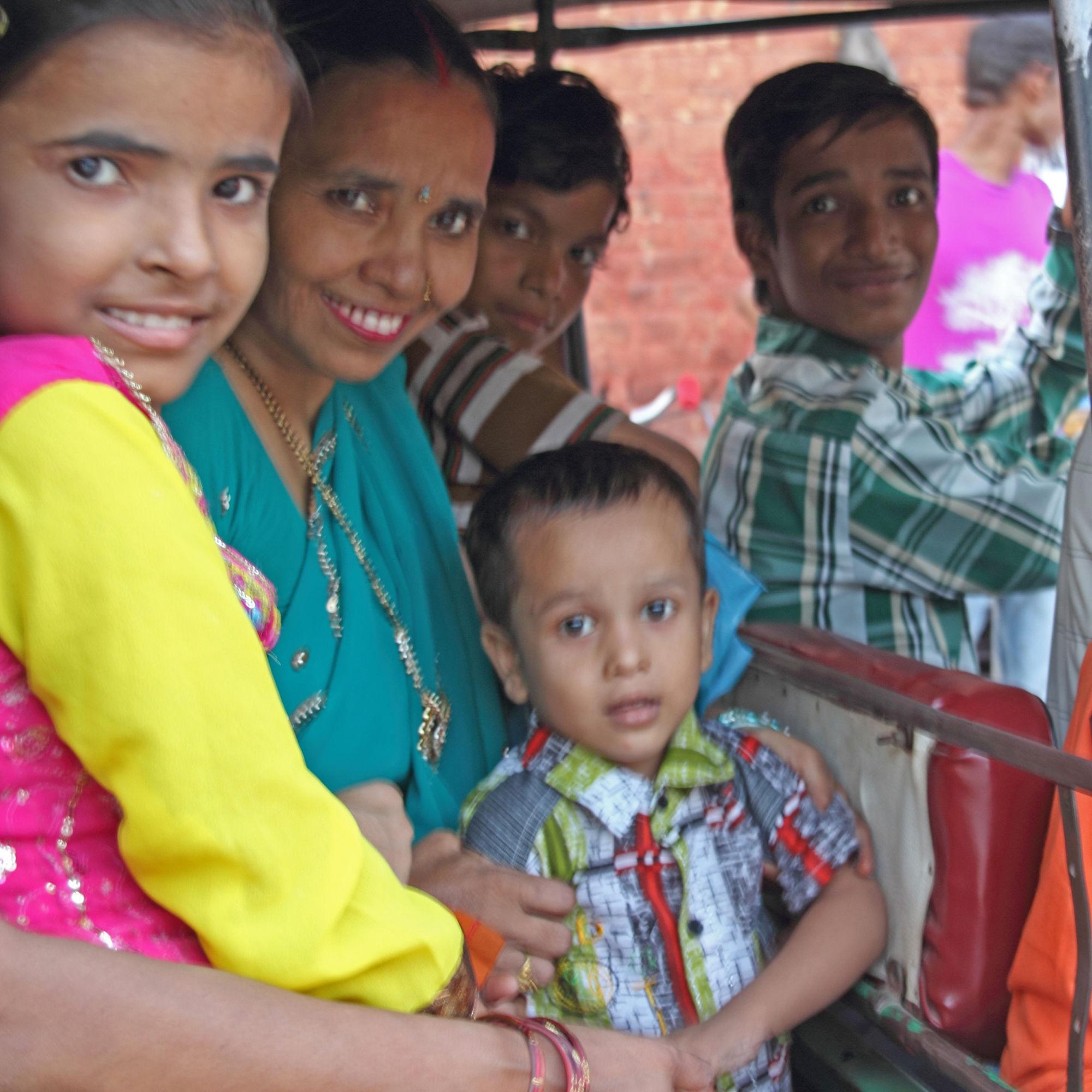 Agra family Tuk Tuk