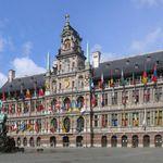 Antwerpen Stadhuis crop2 2006 05 28