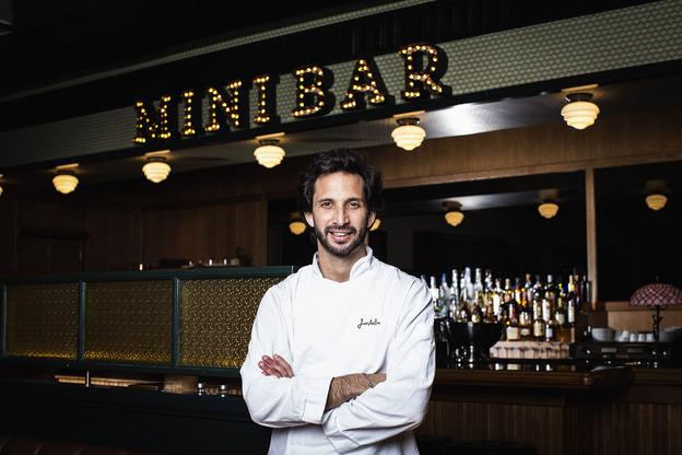 1 Jose AvillezMini Bar