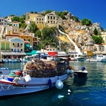 Greek Debt Crisis. How tourists can avoid holiday misery