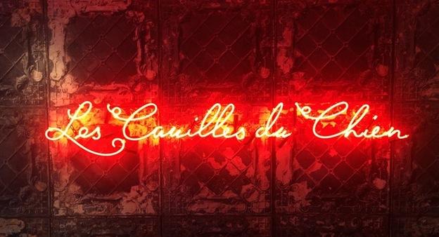 Les Couilles du Chien bar sign