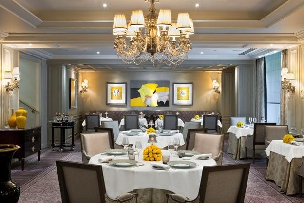 Shangri La Paris LAbeille Restaurant
