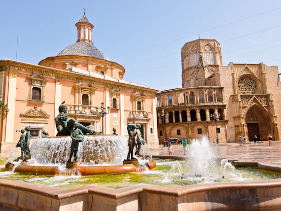 Valencia Cathedral and Fountain