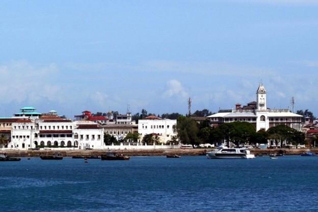 1280px Zanzibar sultan palace
