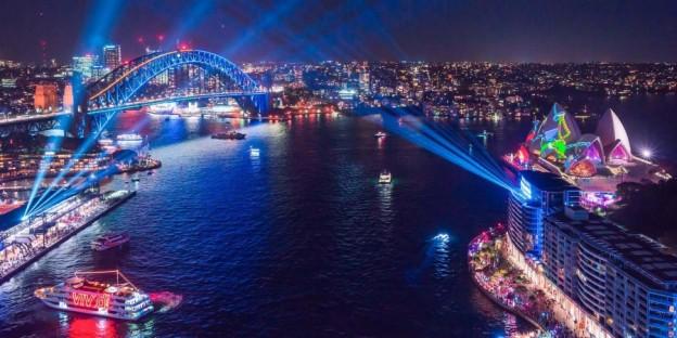 Harbour Lights 1900x950px