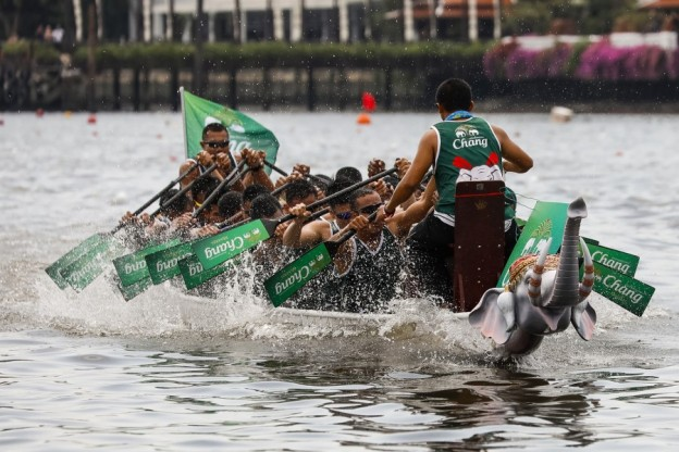 Royal Thai Navy Seals Chang Mineral Water in action