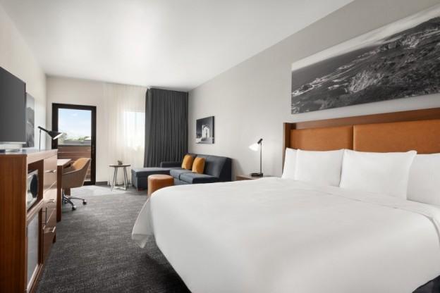 La Quinta San Luis Obispo CA 1 K Bed Deluxe Executive 1398702 002