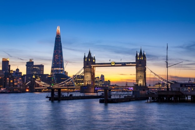 The contrast of old and new architecture on the ever changing London skyline credit NeonJellyfish