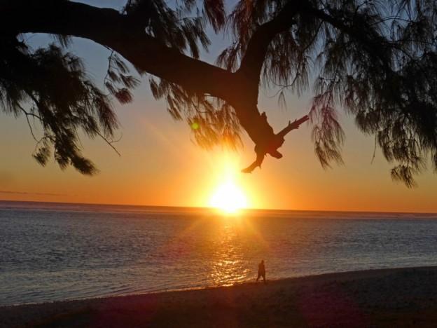 P1310293 sunset on beach
