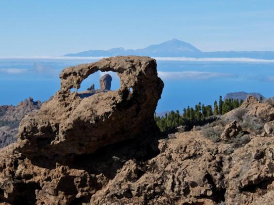Ventana Roque Nublo and Mount Tiede e1610016993647