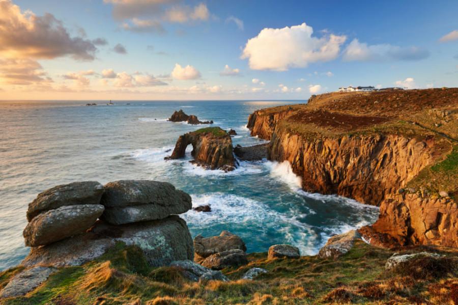 TravMedia United Kingdom 1447452 Viking Englands Scenic Shores Cornwall