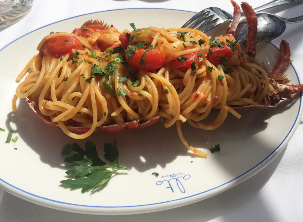 Alto spaghettie with lobster