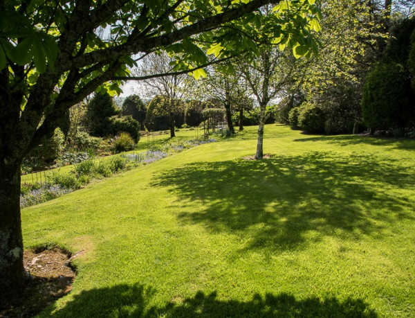 Penlan Uchaf gardens