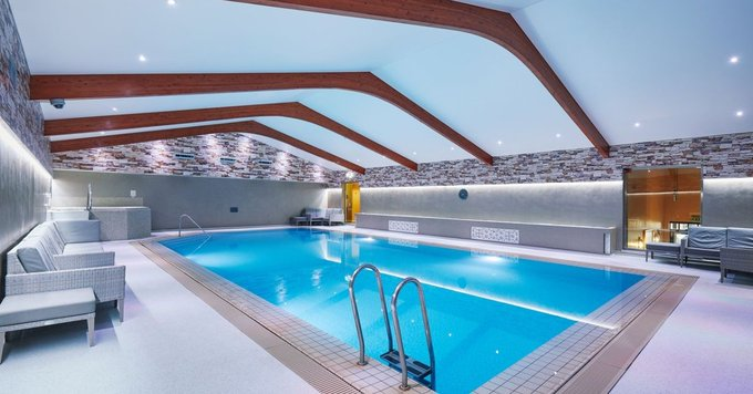 Asdown Park Hotel swimming pool 005