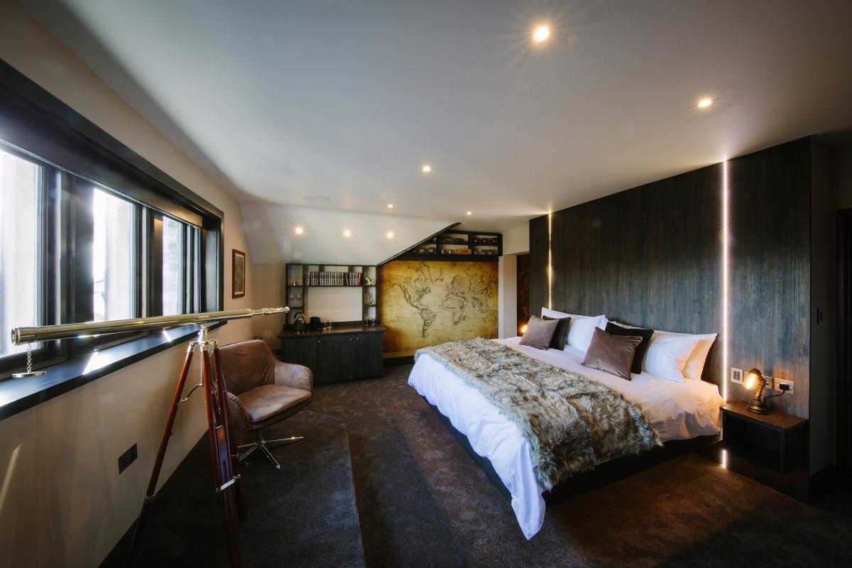 Columbus bedroom