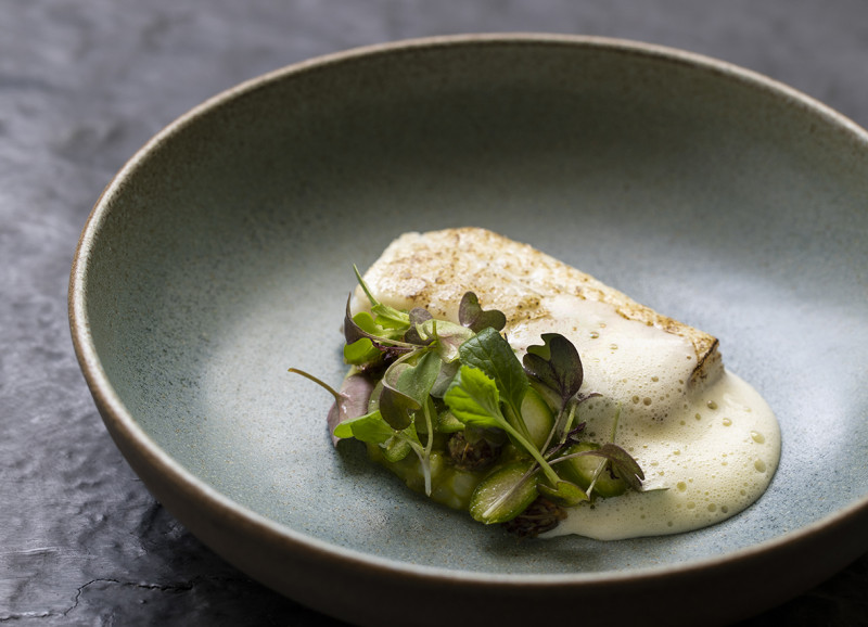 Turbot in pine oil wye valley asparagus 419