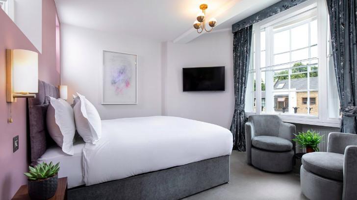 Kings Arms Bedroom
