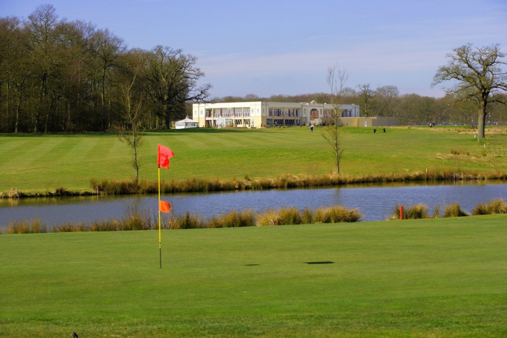 Golf with view of atrium Whittlebury Park 4